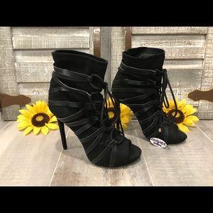 Shoe Dazzle Abigail Strappy High Heel Boots SZ 7.5